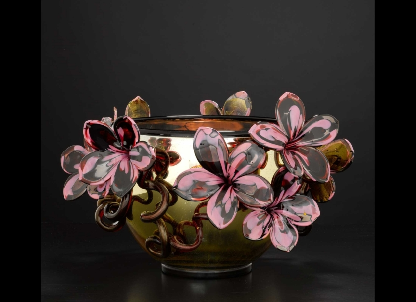 Chihuli Gold Venetian with Rose Spotted Ruby Flowers, 2010